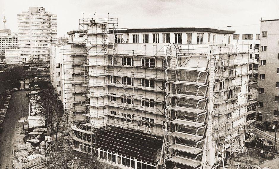 Die erweiterte Fachschule für Kfz-Technik – Haus des Kraftfahrzeuggewerbes 1992